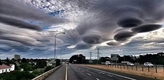 lenticular-clouds-cape-town-top.jpg
