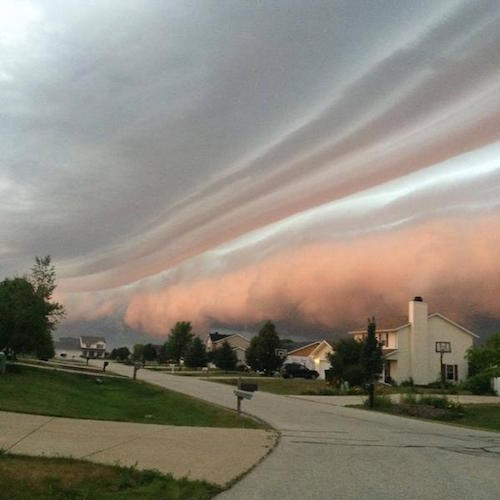 shelf-clouds-top.jpg