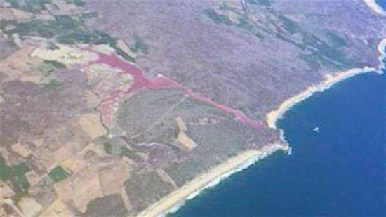 red-lagoon-mexico.jpg